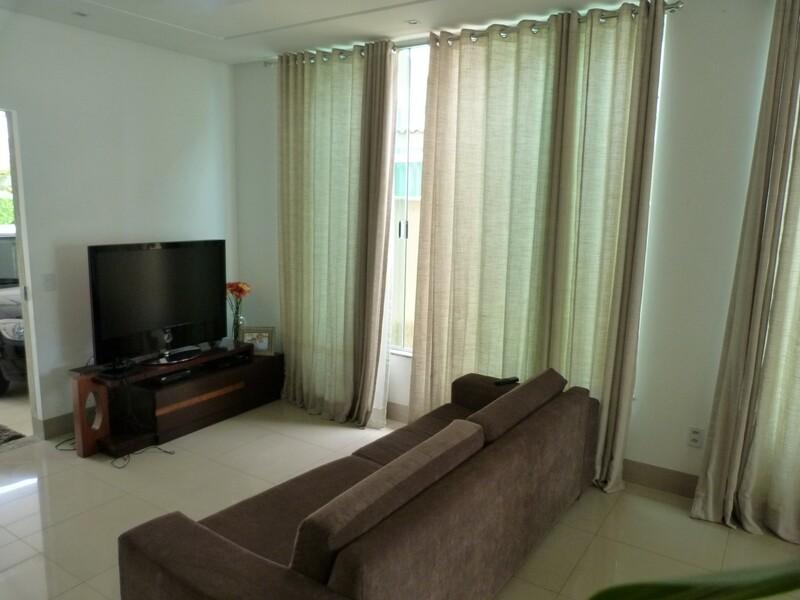Casa a venda no condominio jardins Madri Goiania com 3 quartos 3