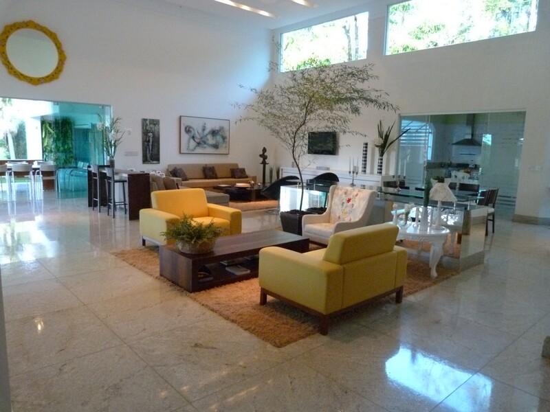 Casa 4 suítes a venda no Condomínio Aldeia do Vale em Goiânia