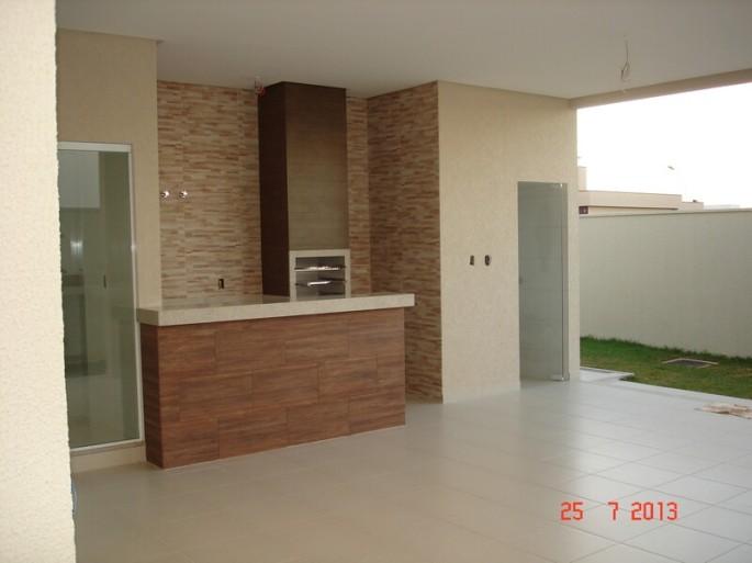 Jardins Valencia Goiania casa 3 suites a venda